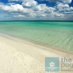 Fehér homok, átlátszó víz